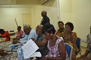 Wasanii wakongwe wakitoa tamko lao kuhusu Rais Mwakifwamba